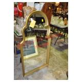 Italian Style Gilt Wood Accent Mirror