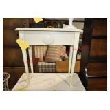 Painted Queen Anne Style Occassional Table