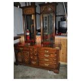Thomasville Pine Triple Dresser with Mirrors