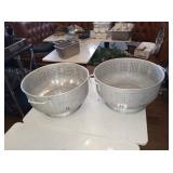 LARGE STRAINERS