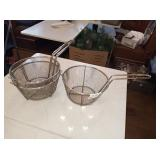 STRAINERS WITH HANDLES