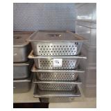 LOT OF 8 PERFORATED FULL SIZE PANS