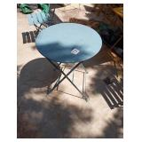SETS 1 STEEL FOLDING BISTRO TABLES & 2 CHAIRS