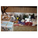 LARGE LOT OF MISC GLASSWARE
