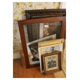 PRINTS AND FRAMES