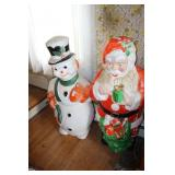 2 LARGE CHRISTMAS POLORAN BLOW MOLDS
