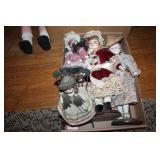 GROUPING OF DOLLS AND STUFFED ANIMALS