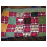 "QUILT - VINTAGE HANDMADE KNOTTED 76""X62"""