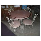 PINK PATIO TABLE W/ 4 CHAIRS -GOOD CONDITION