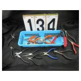 Quantity of various pliers