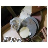 Box of Assorted Sanding & Grinding Discs