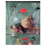 (5) Christmas Pins