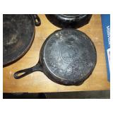 GRISWOLD FRY PAN
