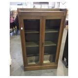 QUARTERSAWN OAK DOUBLE DOOR BOOKCASE