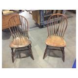 WINDSOR BOWED-BRACEBACK CHAIRS