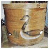 GOOSE DECORATED ROUND WOOD BOX