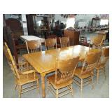 OAK BANQUET TABLE W/6 CHAIRS