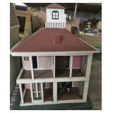 OLD STYLE DOLL HOUSE