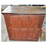 SMALL RAISED PANEL CABINET