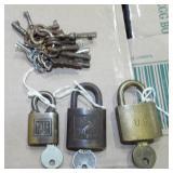 ASSORTED OLD LOCKS AND KEYS