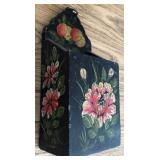 DECORATIVE WOODEN CANDLE BOX