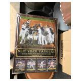 2009 YANKIES BASEBALL CARDS