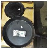 LARGE IRON FRY PAN AND GRIDDLE