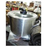 LARGE STAINLESS POT WITH LID