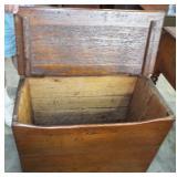 INTERIOR OF WOOD BOX