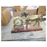 RETRO METAL HORSE CLOCK