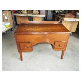 EARLY DOVETAILED TAPERED LEG DESK