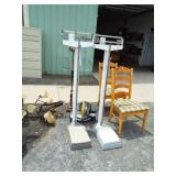 2 DOCTOR UPRIGHT SCALES