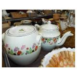 RETRO TEAPOT AND COOKIE JAR