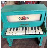 CHILD SCHOENHUT PLAYER PIANO