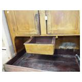 DRAWER IN DRY SINK