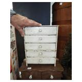 MINIATURE 5 DRAWER DOLL CHEST