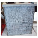 METAL DAIRY PORCH BOX