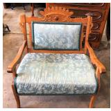 VICTORIAN UPHOLSTERED CHAIR