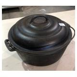 CAST IRON DUTCH OVEN AND LID