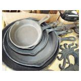 ASSORTED CAST IRON FRY PANS