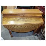 ANTIQUE OAK OVAL DROP LEAF TABLE WITH BOARDS
