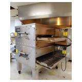 Middleby Marshall double conveyer pizza oven (model PS840GYE2)