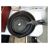 GRADUATED CAST IRON FRY PANS