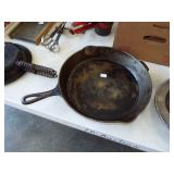 #12 GRISWOLD FRY PAN