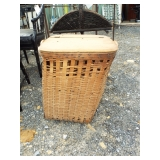 NORTH EAST STYLE LAUNDRY BASKET