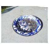 BLUE SWIRL AGATE BOWL