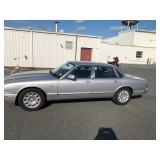 2001 Jaguar xj8, 58k miles, clean car