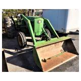 JD 2030 Farm tractor w/ front end loader