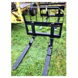 New Quick-Attach Pallet Forks