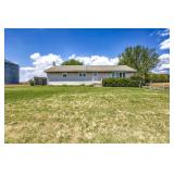 Real Estate Auction: Rancher w/2 car garage, shed on 1 acre
